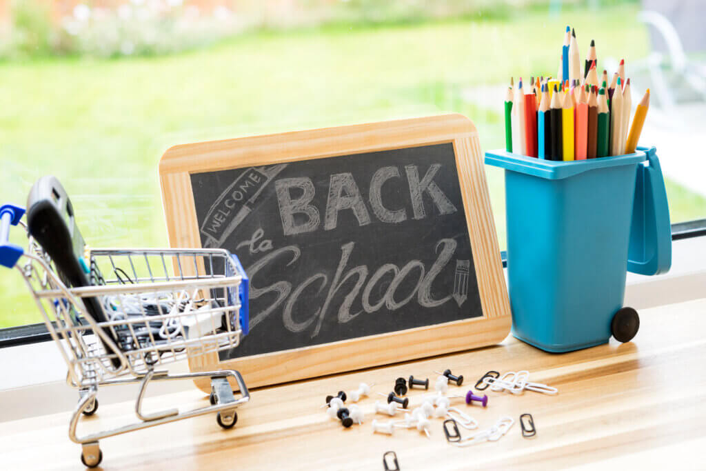 spendsafe blog manage back to school spending prepaid debit card